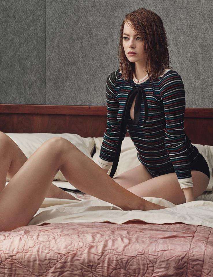 emma stone sexy bikini pics 01