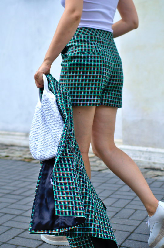 #zarasuit #zarastreetstyle #fashion #inspiration #photo #greensuit