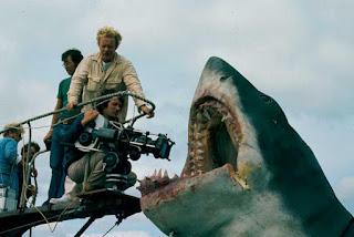 Spielberg filmando el tiburón de cerca