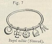 Hexagrama em colar assírio (centro)