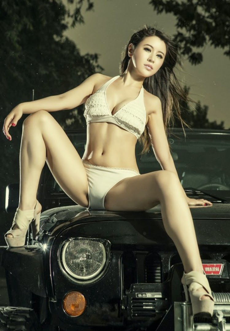 Hot girl and  Jeep Wrangler