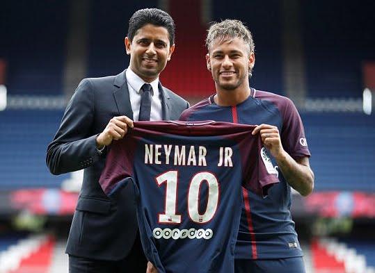 Neymar vẫn chỉ hưởng lương cao thứ 2 thế giới