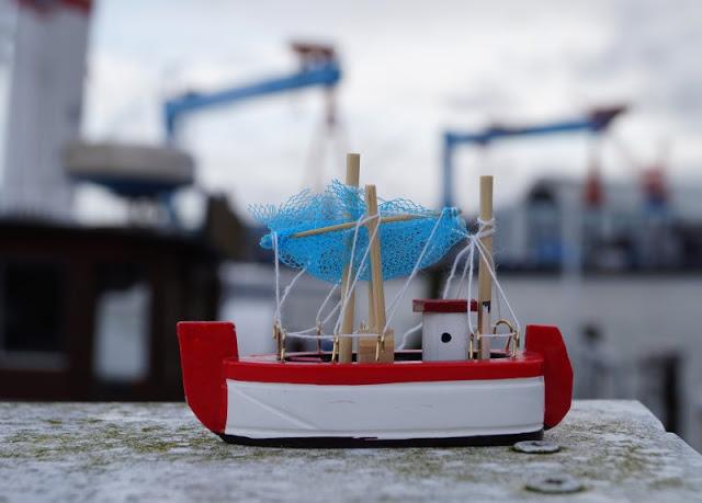 #OstseeBlogger: 25 Gründe, weshalb wir glücklich sind, an der Ostsee zu leben. Fischkutter sind in den Häfen ein täglicher Anblick.