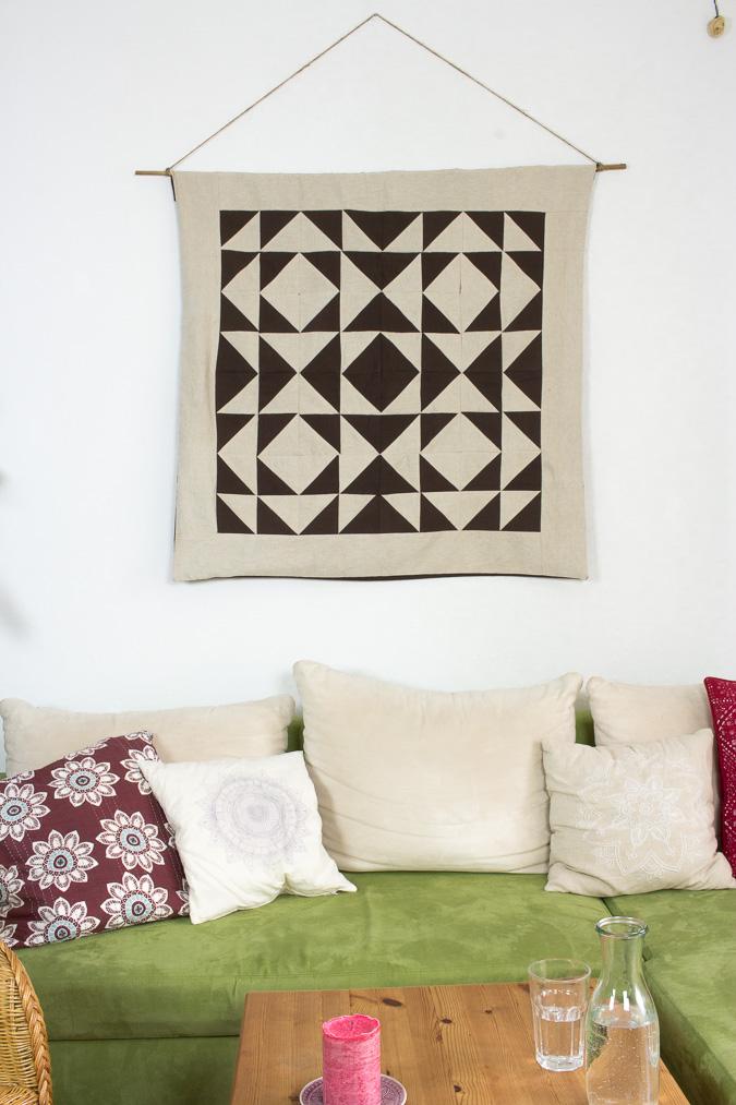 wandteppich mit geometrischem muster green bird diy. Black Bedroom Furniture Sets. Home Design Ideas