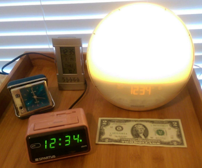 Philips Wake-Up Light Alarm Clock with Colored Sunrise Simulation and Sunset
