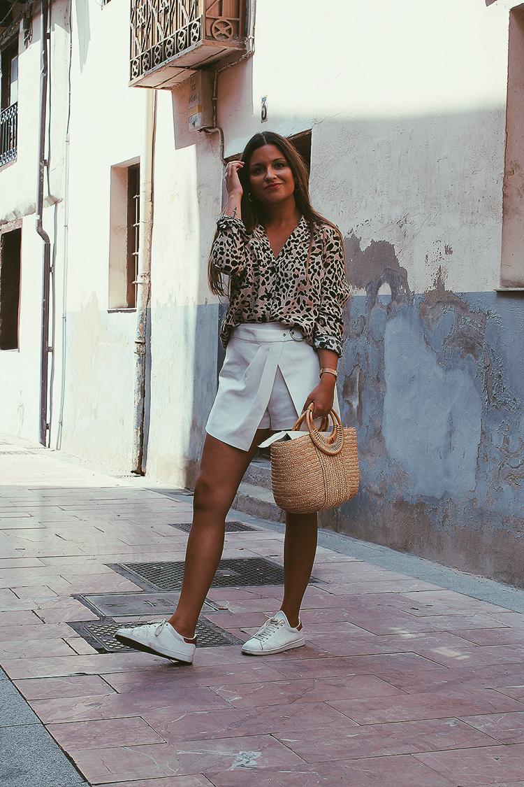 Outfit camisa leopardo blog de moda