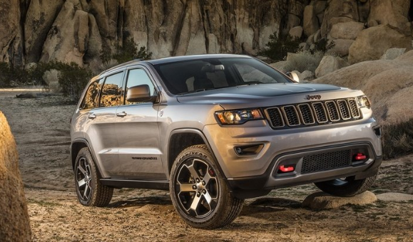 2016 Jeep Cherokee Trailhawk V-6 Review