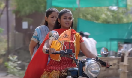 Sairat Movie Actor Actress HD Pictures, Images, Wallpapers