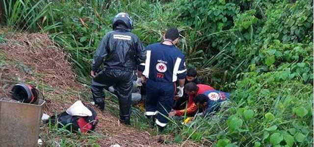 Acidente deixa motociclista ferido na BR 364