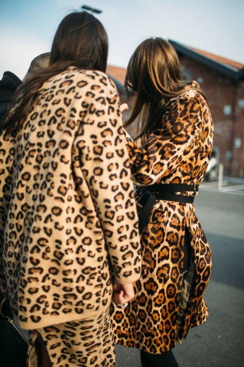 Street Style | Leopard Coats