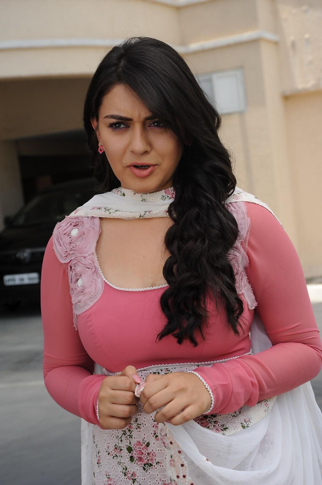 Hot Indian Actress Gallery Hansika Motwani Latest Photo -2579