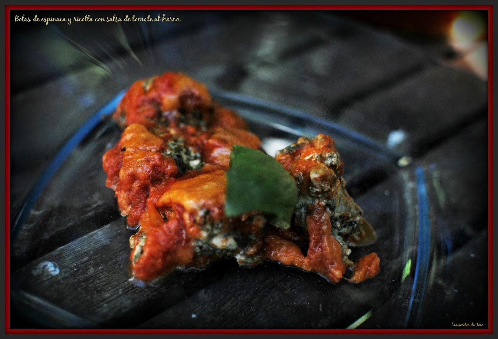 bolas de espinaca y ricotta con salsa de tomate al horno tererecetas 06