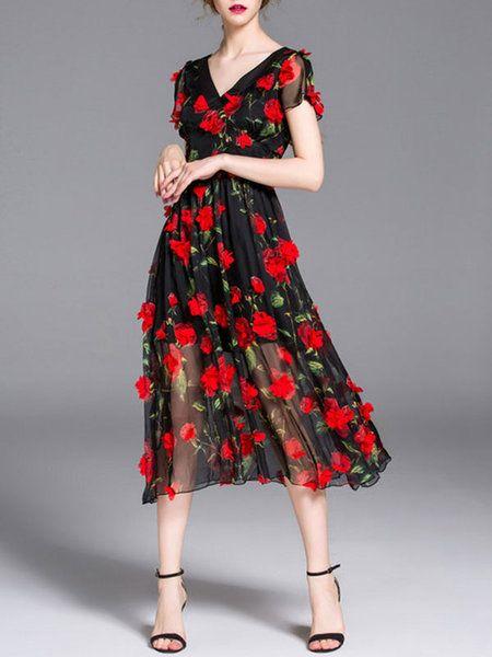 Black Floral Appliqued Short Sleeve Midi Dress