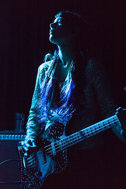 Anna-Christina from Lilygun playing bass in Sister Witch at The Lexington image