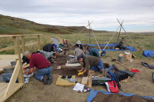 Royal Alberta Museum to crack open 1,600-year-old roasting pit with meal still inside