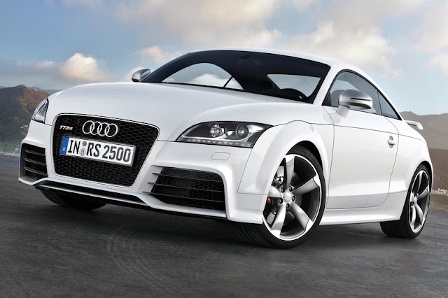2013 Audi TT RS Coupe Front Exterior