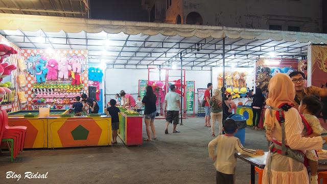 Medan Night Market: Akhirnya bisa kesini - Suasana di zona bermain
