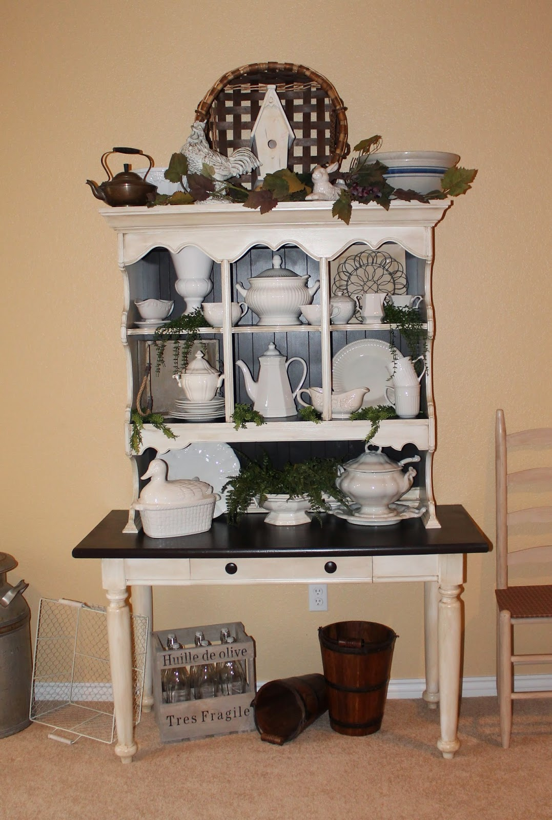 Southern Seazons French Country Hutch And Tea Cups