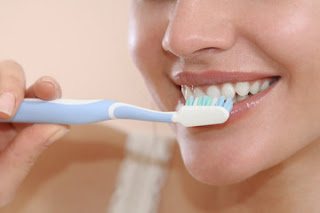 Benefits of Brushing Your Teeth Twice A Day