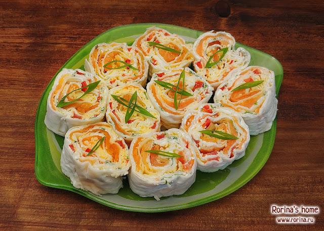 Рулетики с красной рыбой и творожным сыром: рецепты
