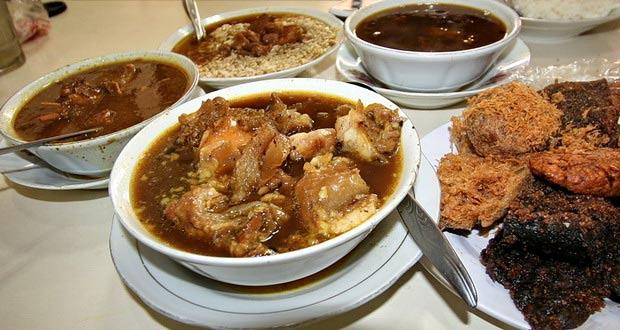 15 Tempat Wisata Kuliner Di Malang Paling Terkenal Wisata