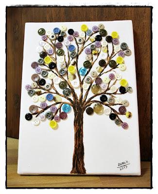 cuadro árbol con hojas de botones