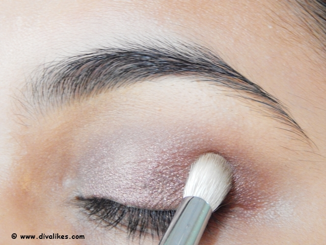 Blending Eye Makeup