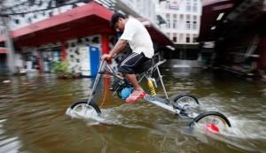 http://allenstanford.com/30-gambar-dp-bbm-banjir-lucu-bergerak-terbaru/