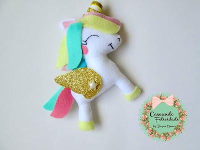"""alt=""""unicornio"""""""