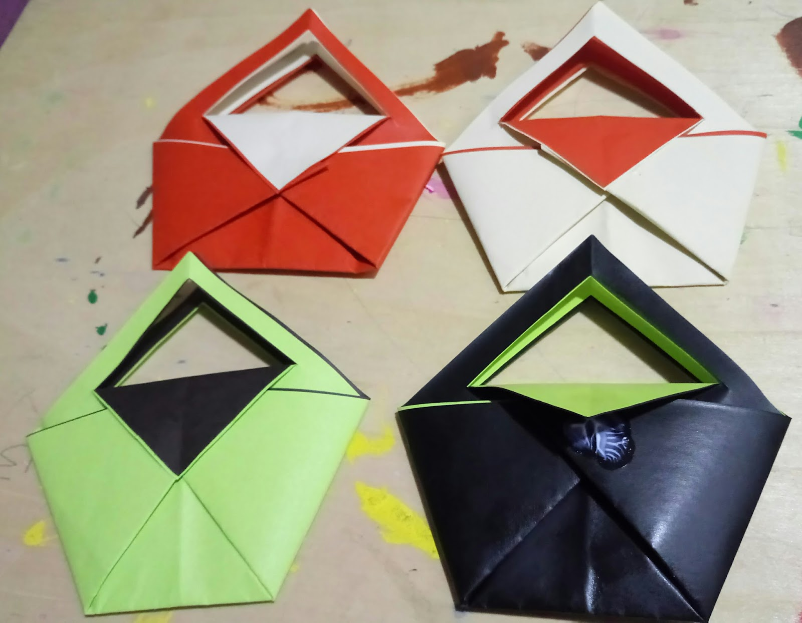 Life's little treasures: Easy Origami purse 👛 kids craft - photo#24