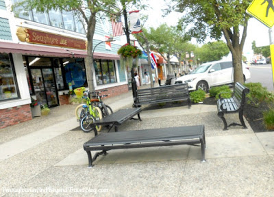 Shopping in Downtown Stone Harbor - New Jersey
