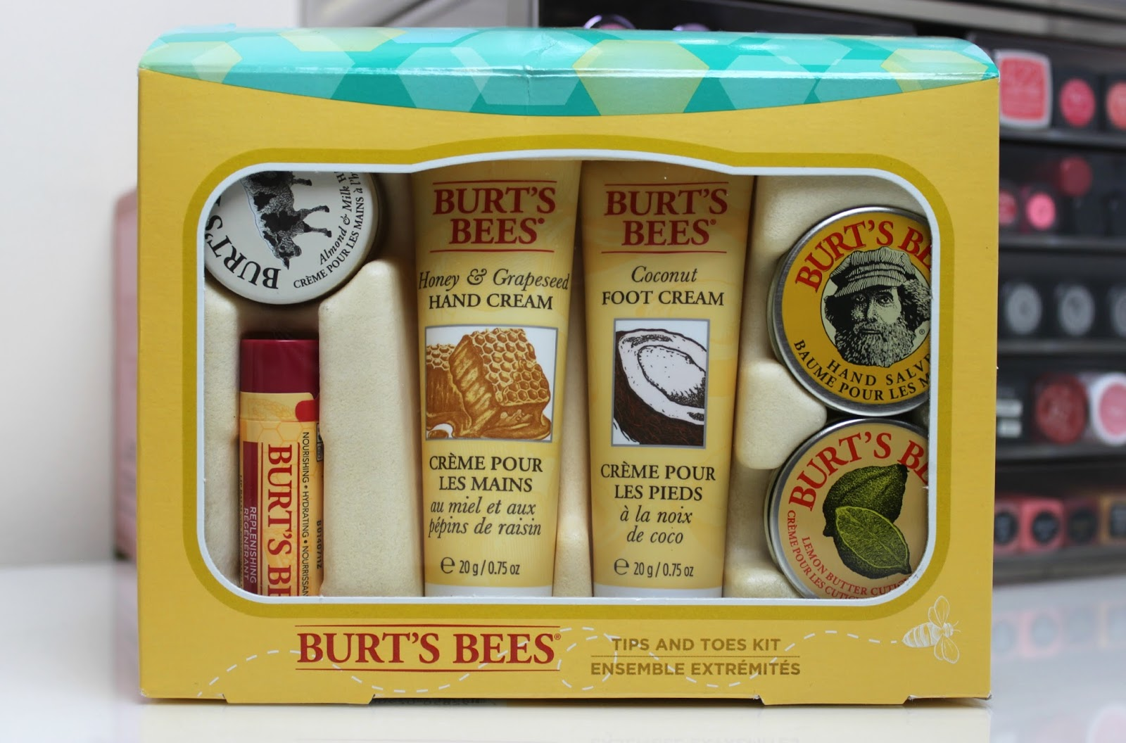 A picture of Burt's Bees Tips and Toes Kit
