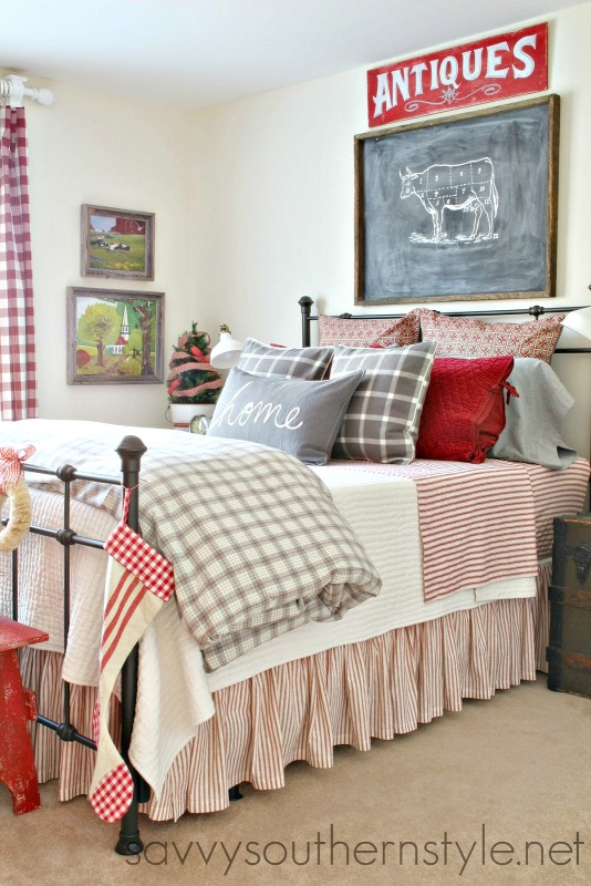 Savvy southern style farmhouse style guestroom for christmas for Farmhouse guest bedroom