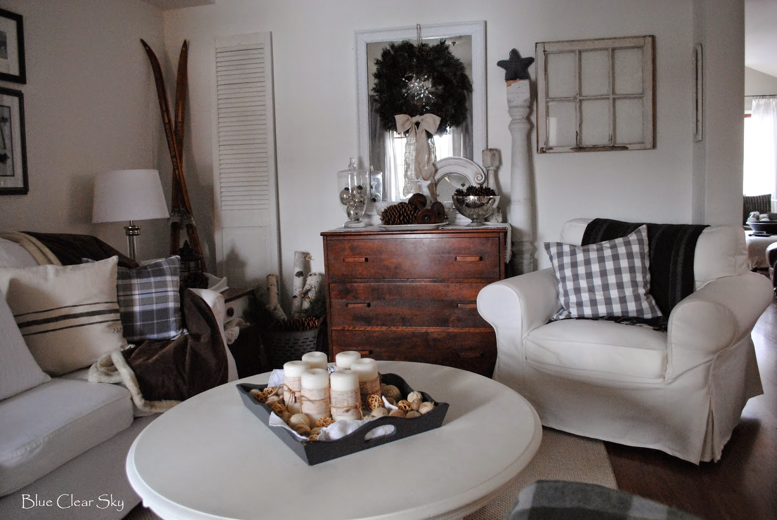 Rustic Maple: Our Winter Living Room