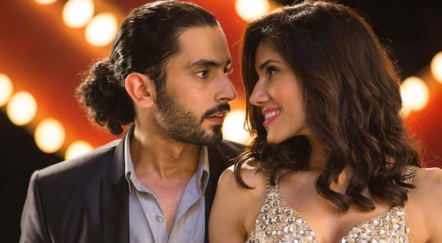 Pyaar Ka Punchnama 2 Review : It's more than Hilarious!