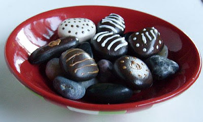 painted rocks, chocolate, candy, bowl, Cindy Thomas