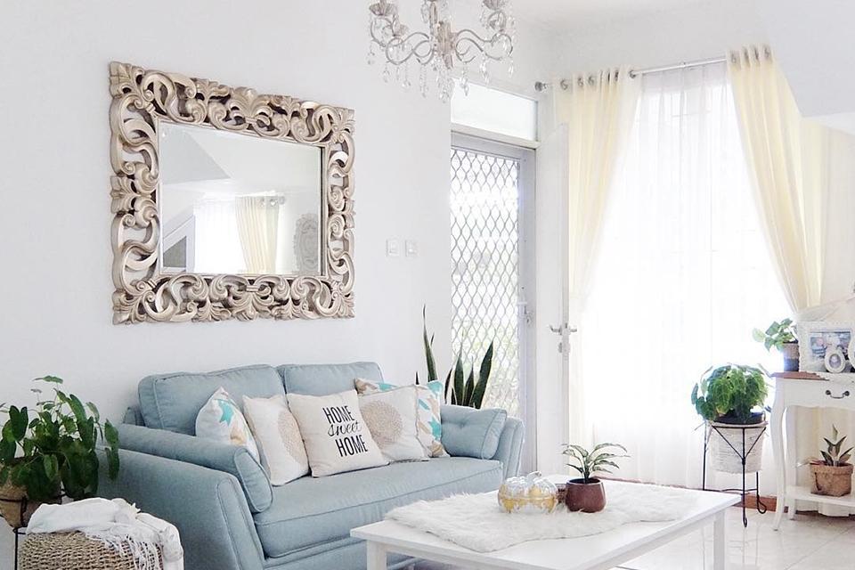 Cermin Hias Dinding Ruang Tamu