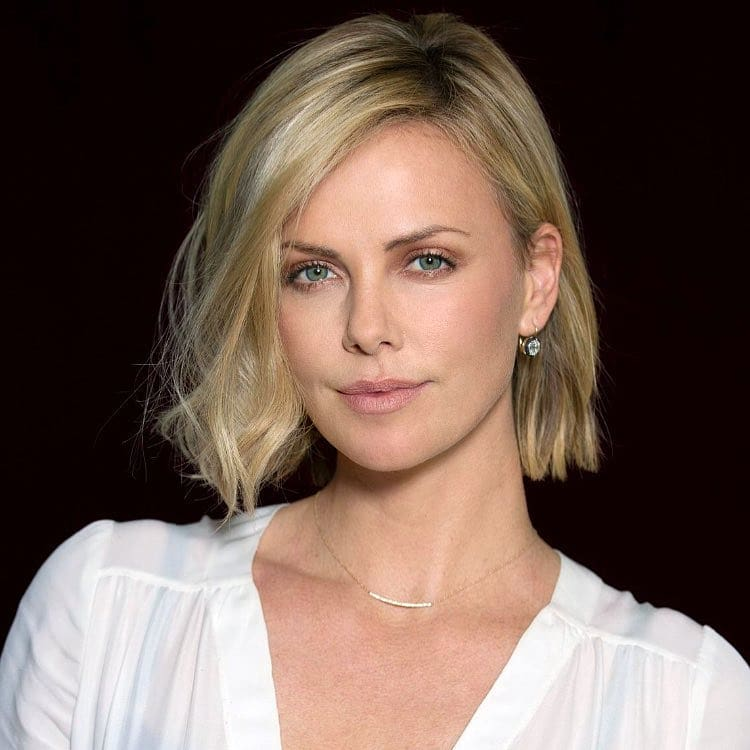 Charlize Theron Photos | Charlize Theron Pictures | Charlize Theron Hot Pics