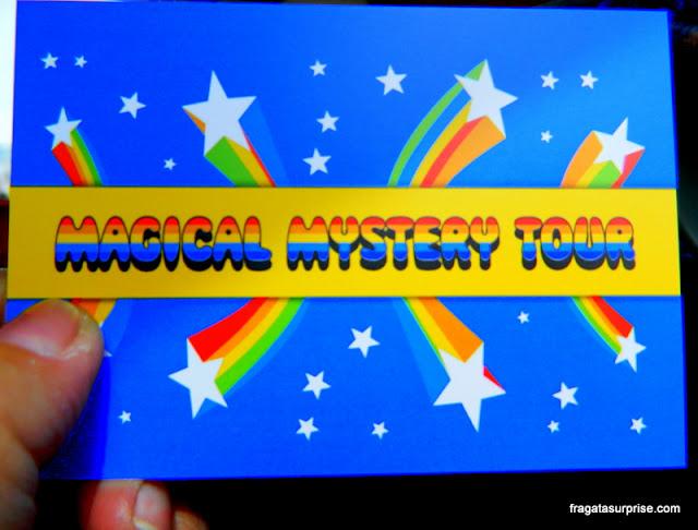Passeio Magical Mystery Tour pelos cenários importantes na história dos Beatles em Liverpool