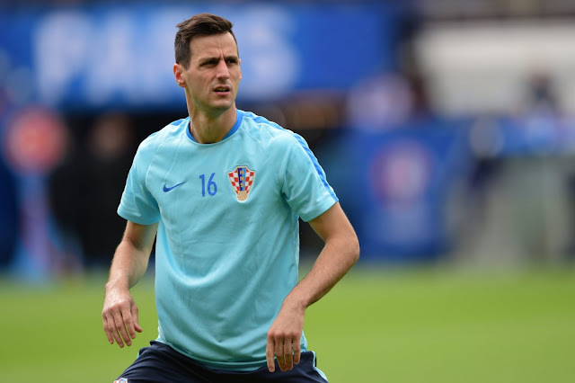 Croatia Striker Kalinic Sent Home For Refusing To Come On As A Sub Against Nigeria