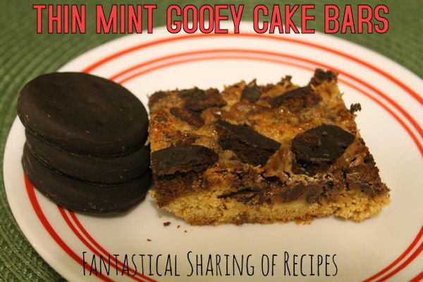 Thin Mint Gooey Cake Bars | Yellow cake + Thin Mints = chewy, gooey trouble :) #dessert