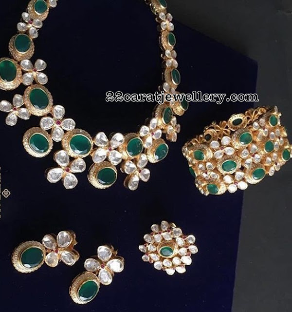 Pachi Emerald Diamond Necklace