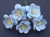 https://scrapkowo.pl/shop,mkx-059-kwiaty-wisni-odcien-niebieski-blue-5szt-,4841.html