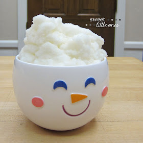 How To Make Snow Ice Cream: Easy Recipe - www.sweetlittleonesblog.com