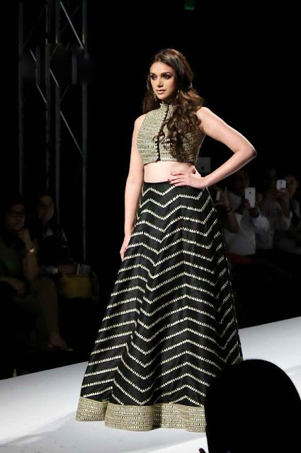 Aditi Rao Hydari in Black Lehenga Choli for Payal Singhal at Wills Lifestyle India Fashion Week