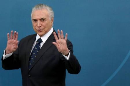 """""""Queda de Temer e eleição indireta serão um tiro no pé do PT"""", afirma jornal"""