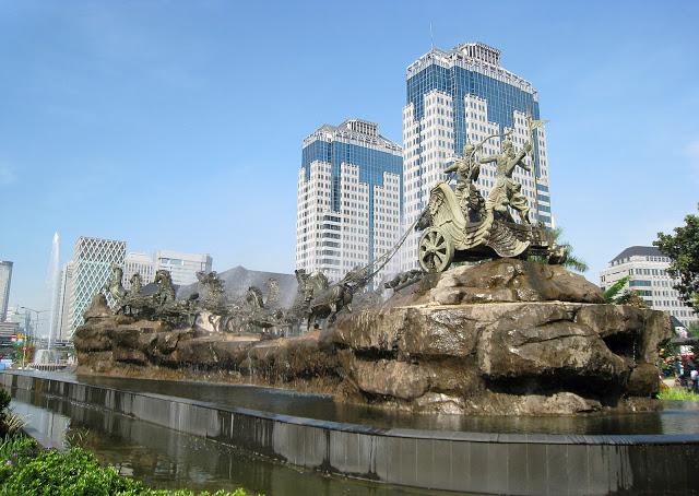 Krishna Arjun Statue in Jakarta Square