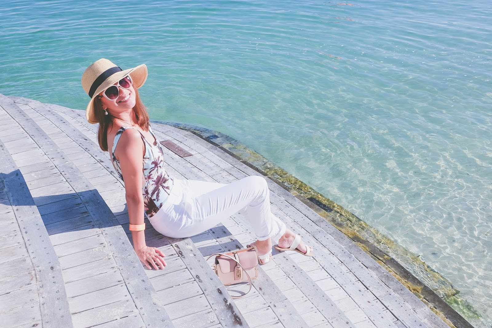 Cebu Fashion Blogger, Cebu Blogger, Cebu Lifestyle Blogger, HM x Movenpick Cebu, One-piece swimwear, maillot, Philippine Blogger, Beach outfit, beachside hangs, beach party outfit, Cebu resorts, Toni Pino-Oca, Cebu stylist