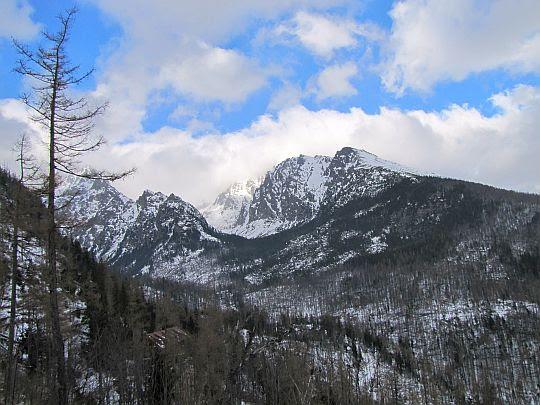 Dolina Zimnej Wody (słow. Studená dolina).