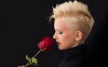 Wallpaper: Blonde Girl and Red Rose